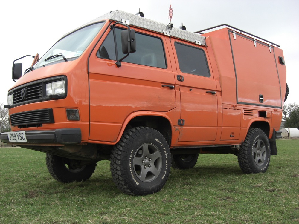 Vw Campervan Accessories >> Nice Beefy stance with the 235/85-16 tyres | CampervanCulture.com