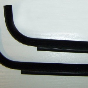 Vw T25 T3 Vanagon cab door window scrapers - Nearside Outer, Offside inner