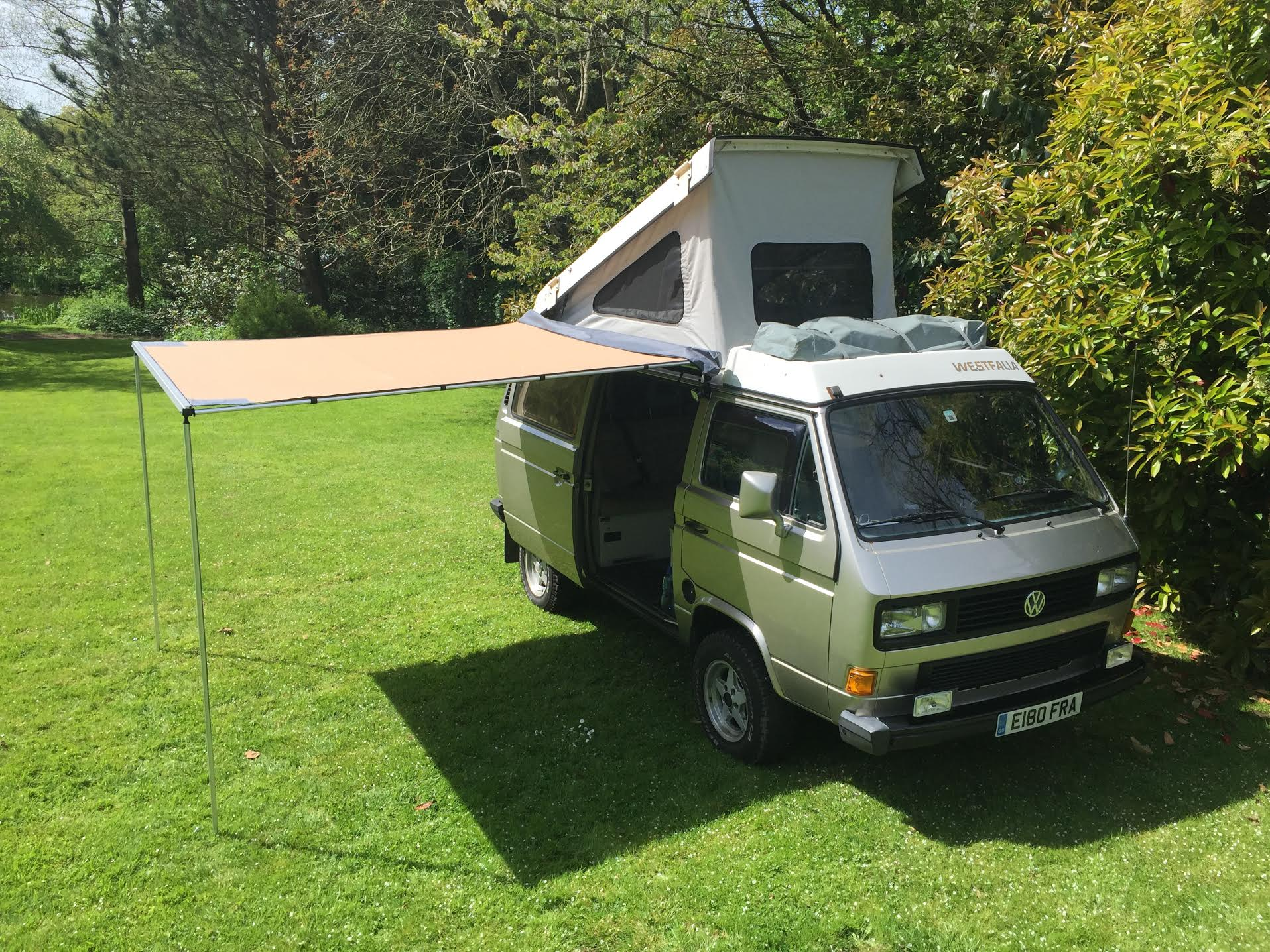 Vw T25 T3 Vanagon Arb 2500mm X 2500mm Awning With Cvc Fitting Kit Now With Led Light Included Campervanculture Com