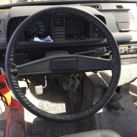 steering-wheel-cover-for-t2-splits-t2-bay-window-t25